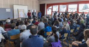 Voller Saal mit Publikum beim Auftakt von Bonn blüht und summt