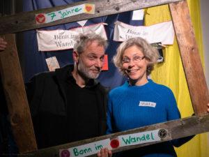 Mann und Frau strahlend im Bonn im Wandel Bilderrahmen