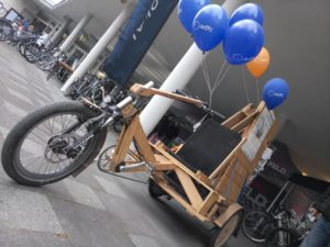 Velowerft Rad mit Luftballons